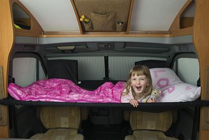 Otroška postelja za vsako voznikovo kabino z vrtljivimi stoli, dvojna postelja